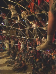 burning-man-thunderdome-spectators